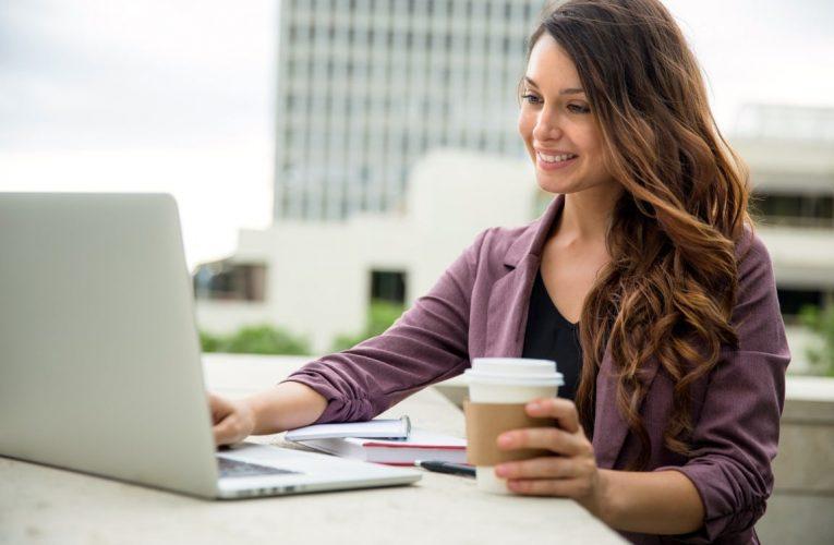 Make Massive Money Online: Three Blogging Secrets Revealed